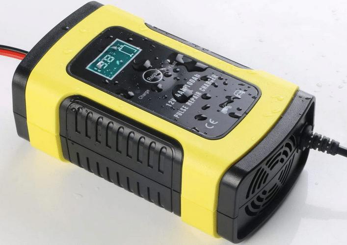 Avis chargeur de batterie pour voiture Uraqt
