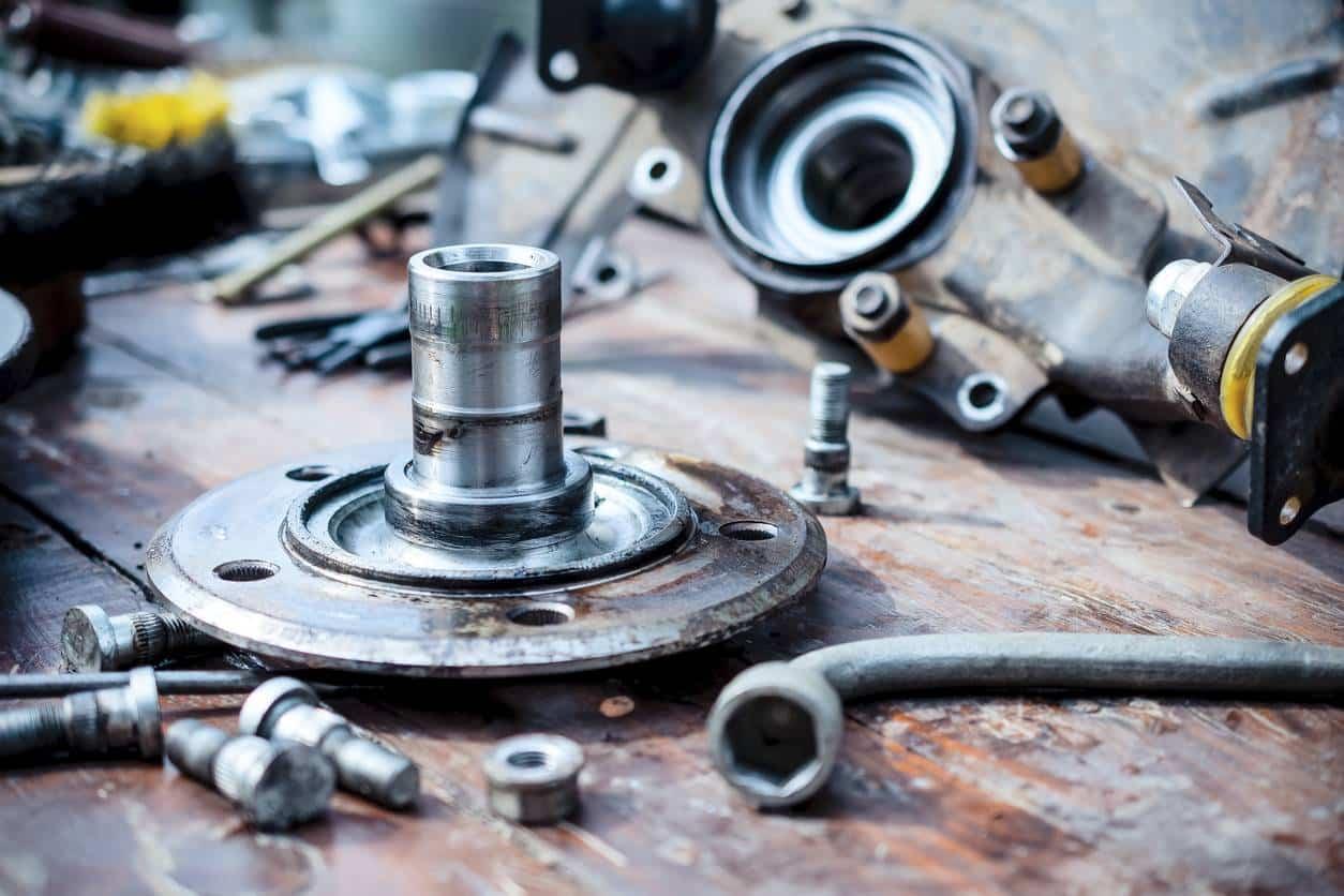 Comment changer ses grosses pièces auto sans se ruiner